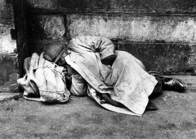 1959-slapende-zwerver-ed-van-der-elsken