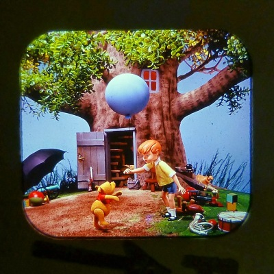 WINNIE THE POOH AND THE HONEY TREE VIEW MASTER SCANS (6)
