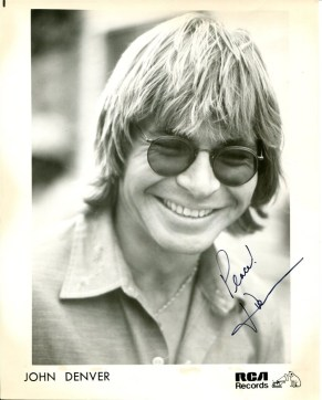 john-denver-autographed-rca-promotional-photo-8445
